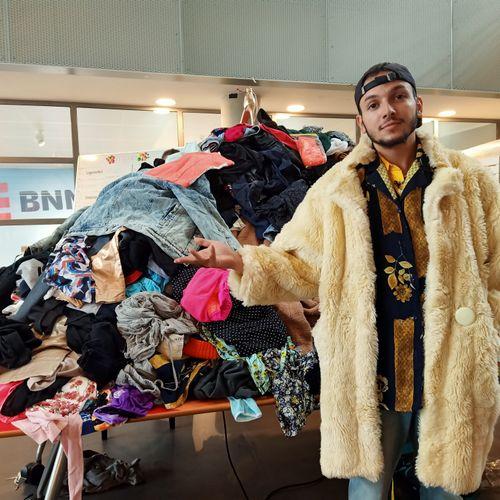 Afbeelding van Win één van de topstukken uit onze anti fast fashion collectie!